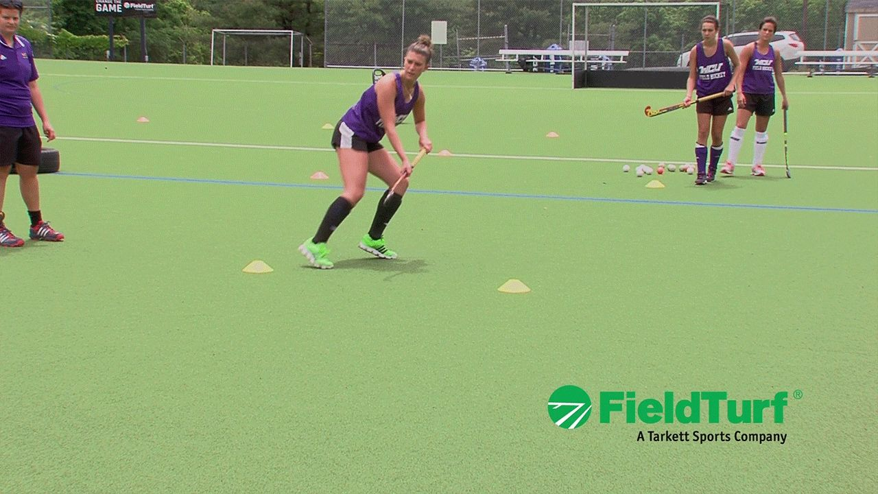 The Shuttle Passing Drill Field Hockey Training With Amy Cohen Youtube Hockey Training Field Hockey Field Hockey Drills