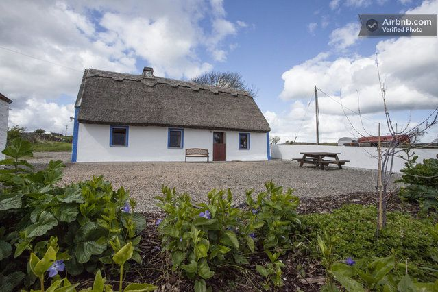 Thatched Cottage on Galway Bay in Galway (www.airbnb.com)