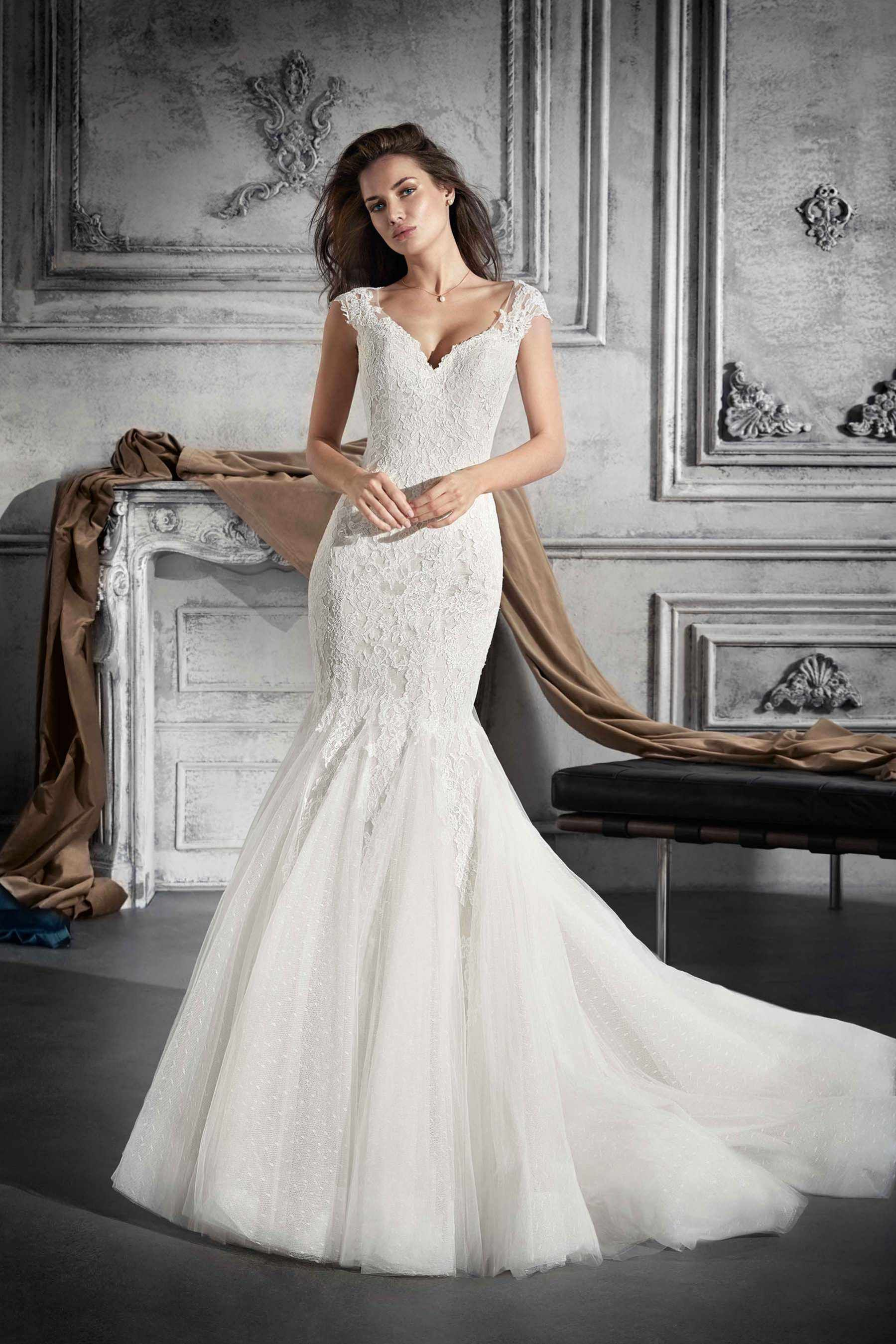 Demetrios Wedding Dress Style 748 Fabulous In Its Understated Charm This Mermaid Look Wedding Dresses Wedding Dresses Sydney Wedding Dresses Princess Ballgown