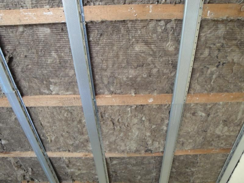 Dfm Acoustic Insulation Inside Ceiling Joists With Soundbreaker Bars