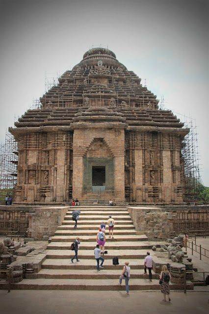 Travel Buffet: Road trip to Konark Sun Temple from Bhubaneswar