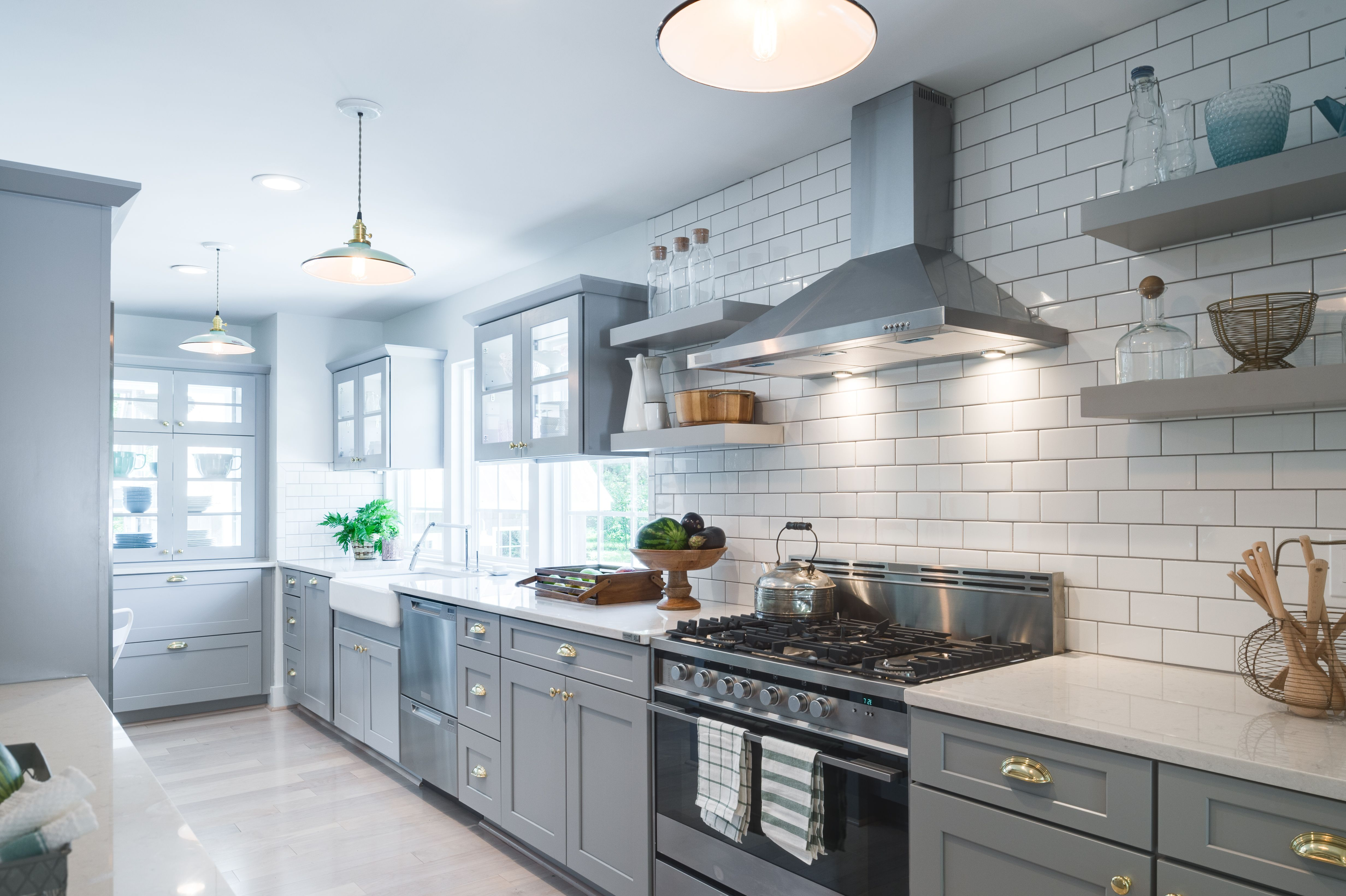 Waypoint® cabinetry in 650 Painted Stone - LOVE the subway tile ...