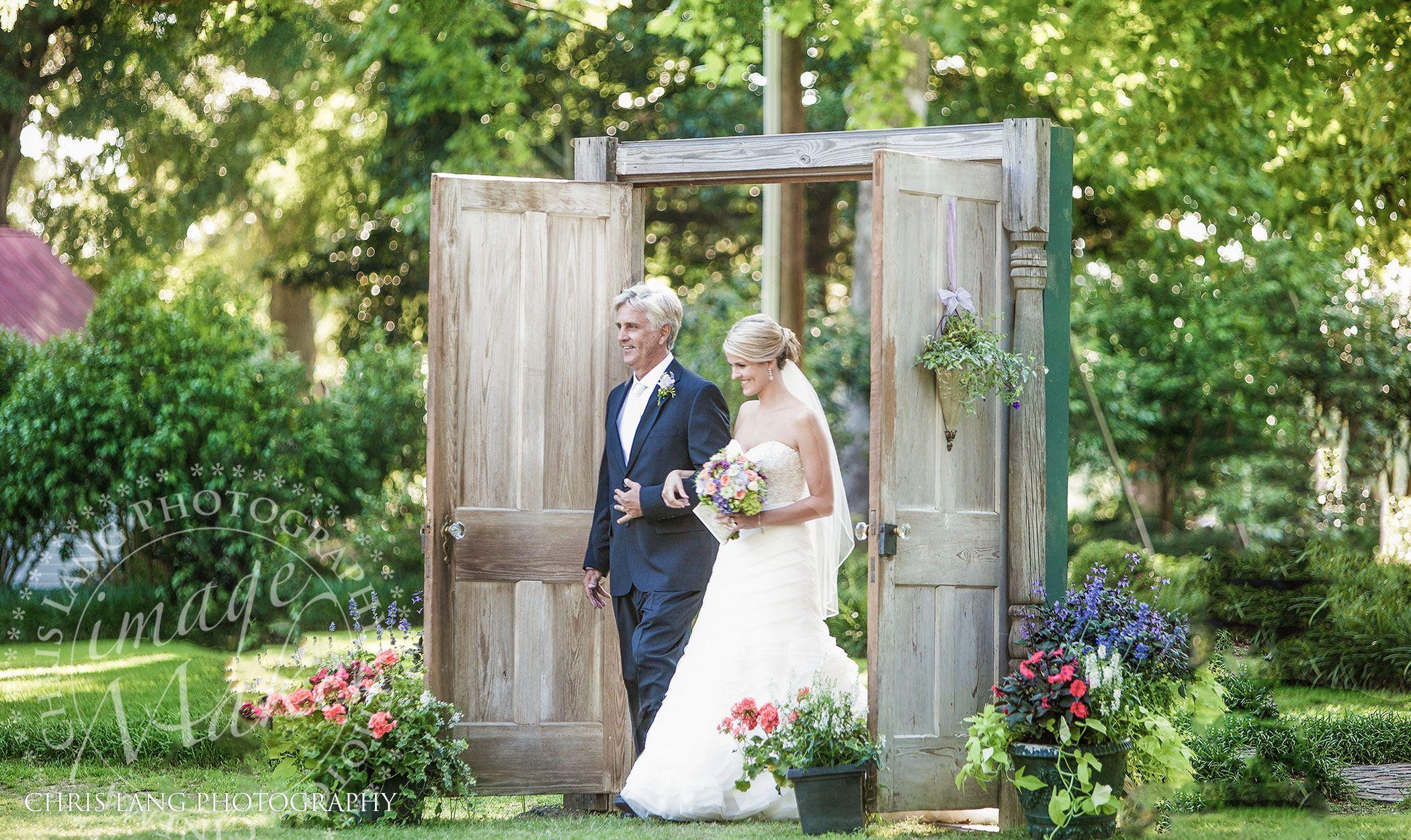 Outdoor Wedding- cute unique idea with doors to enter the ...