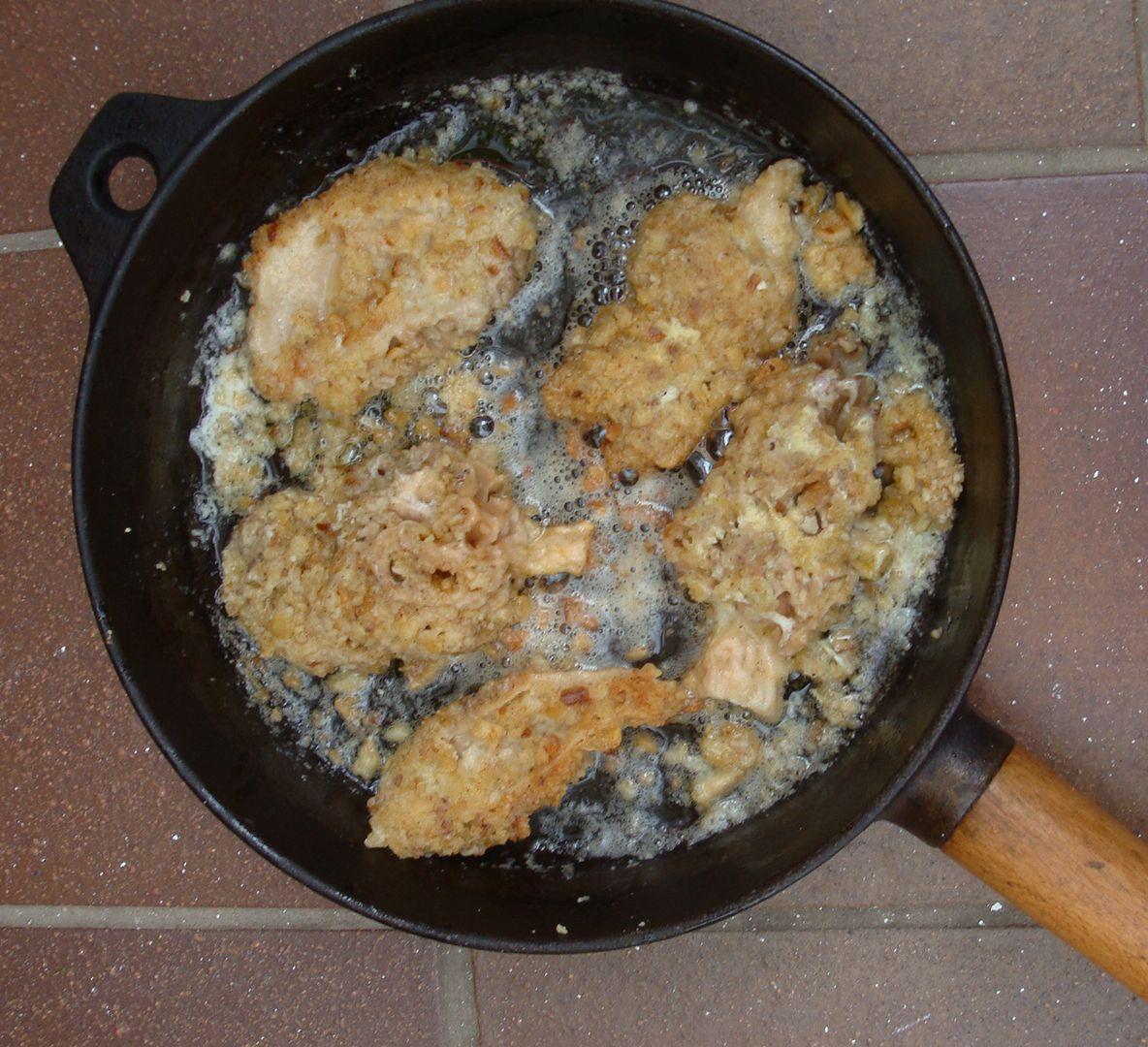 Morels American Style, with Morchella Esculenta. Recipe from Roger's Mushrooms App l  #mushroom #fungi #recipe #morel #morchella l www.rogersmushrooms.com