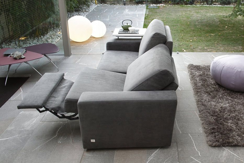 Furniture Modern Grey Fabric Reclining Loveseat Sofa On Grey Stone Tile Floor Zitkamers Lounge