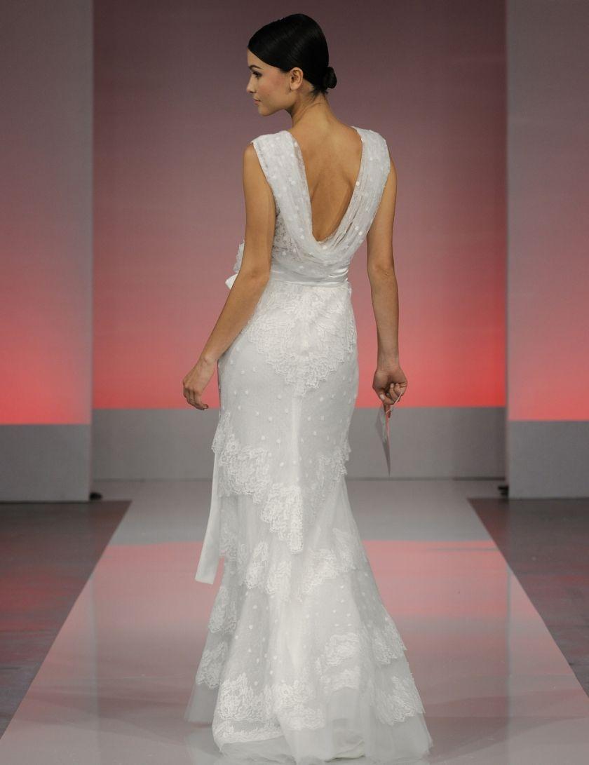 Cymbeline Galilee Wedding Dress Accessories Dresses Wedding Dress Backs [ 1091 x 840 Pixel ]