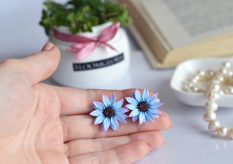Aster Flower Earring Blue Stud Realistic Flower Jewelry Clay Image 3 Flower Jewellery Floral Studs Flower Earrings