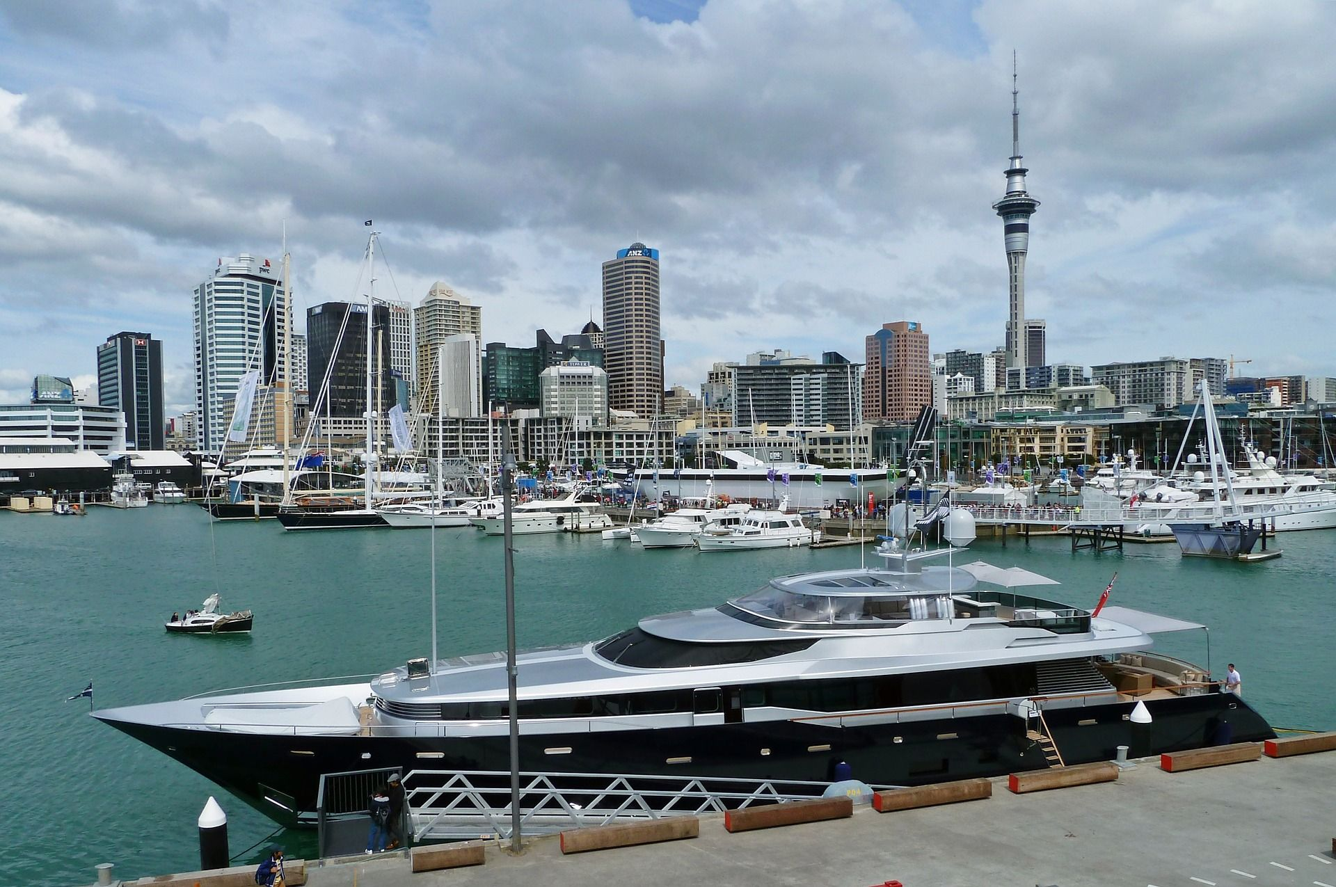 A locals travel guide to auckland new zealand earths