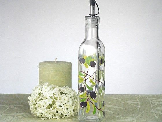 Europa Collection Medium Oil Bottle With Olives Design