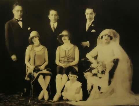 Ya para ir a descansar, les dejo esta imagen de la boda de Don Joaquín Pardavé del año 1925