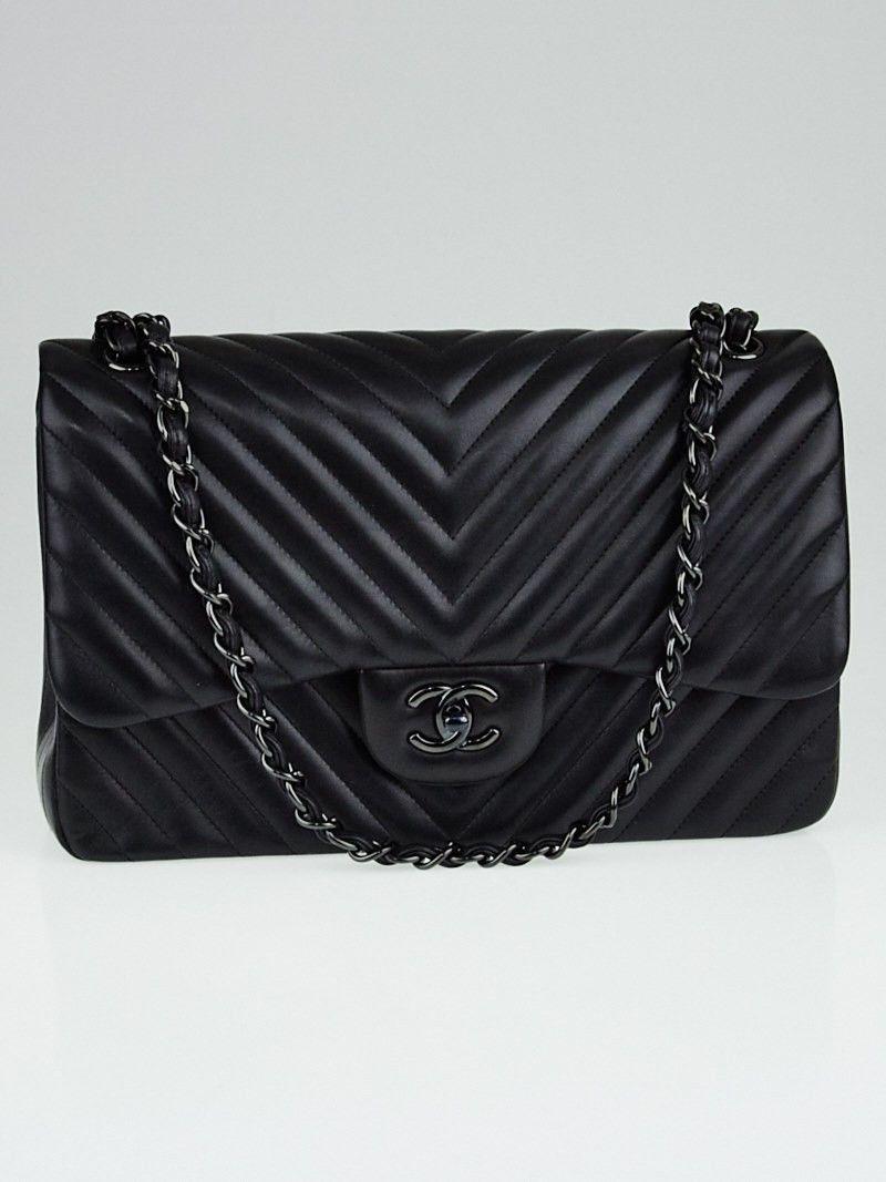 1626ecc3ba01 Chanel Black Chevron Quilted Lambskin Leather So Black Double Jumbo Flap Bag