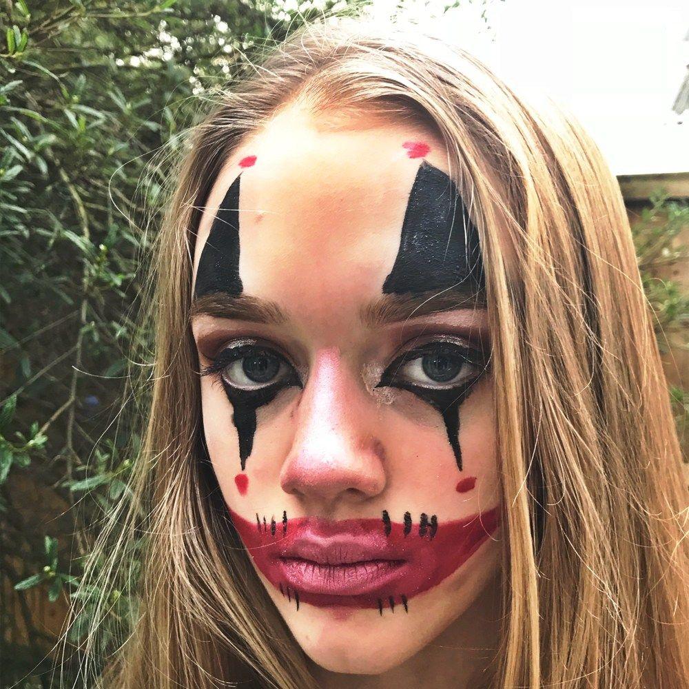 Evil clown Halloween face paint, evil clown make up for