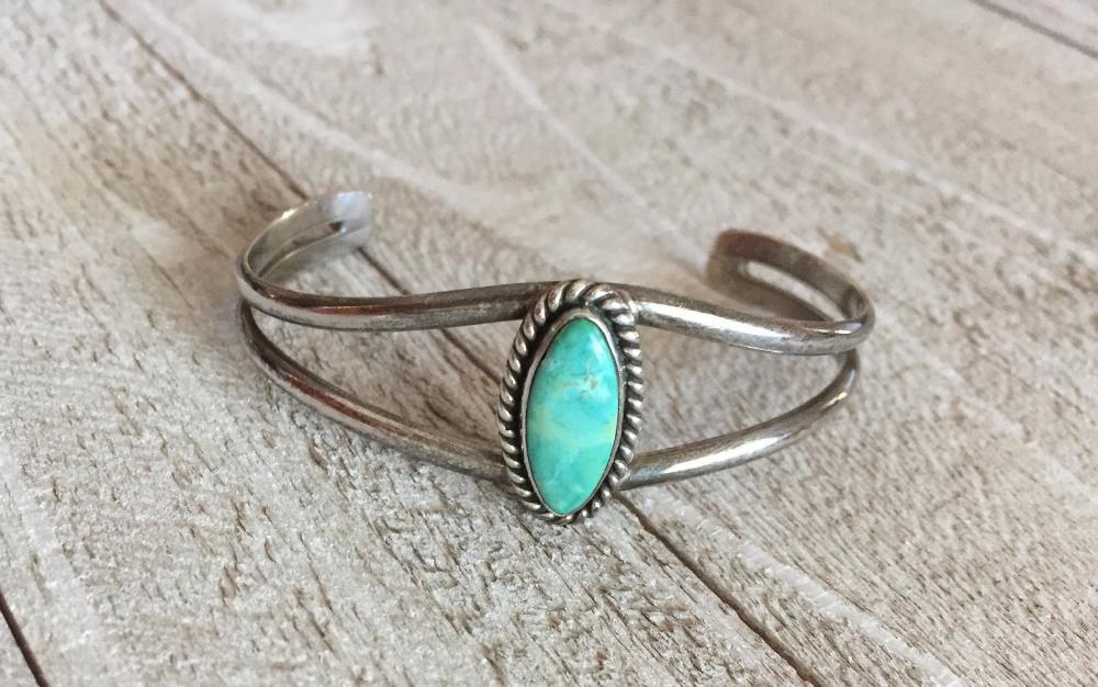 Vintage Style Silver Turquoise blue Cuff Bracelet