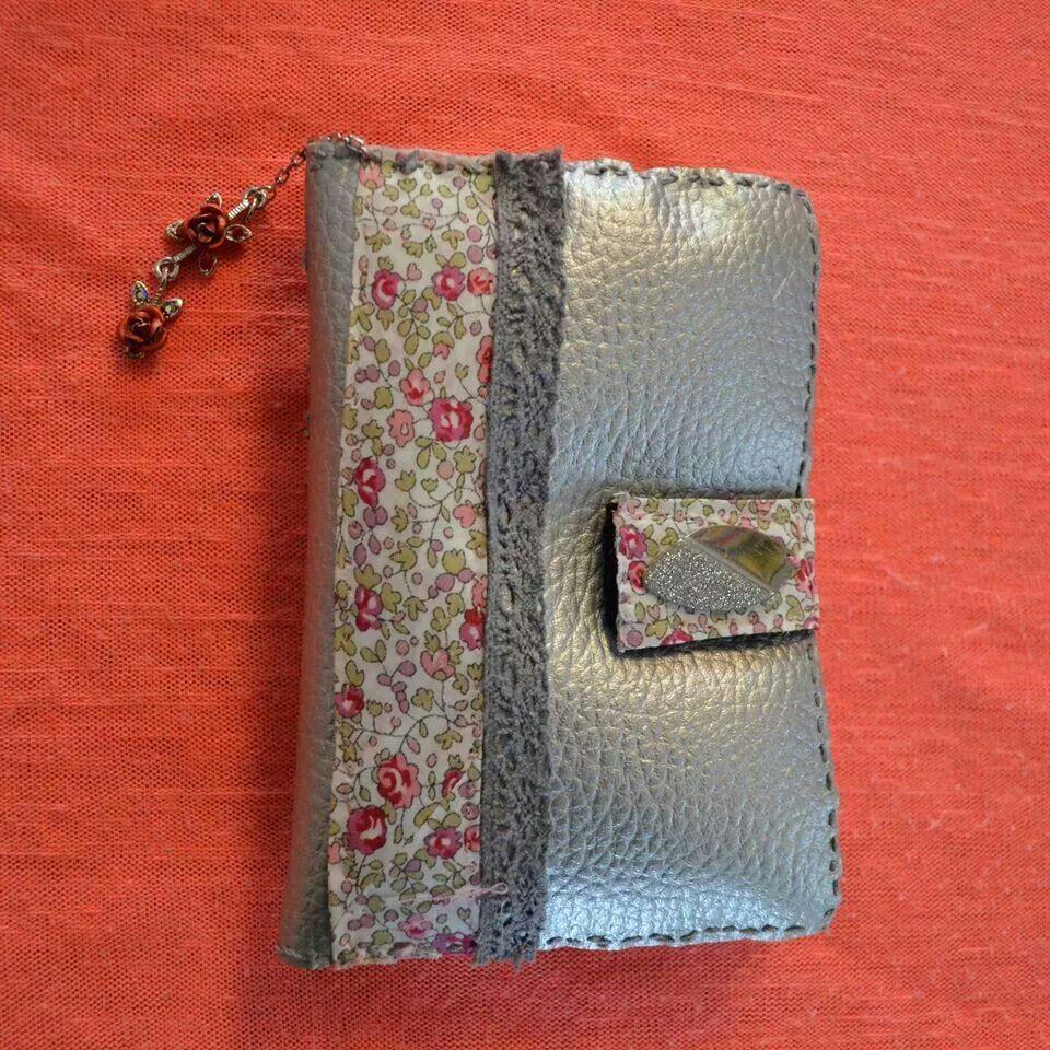Pochette portable couture
