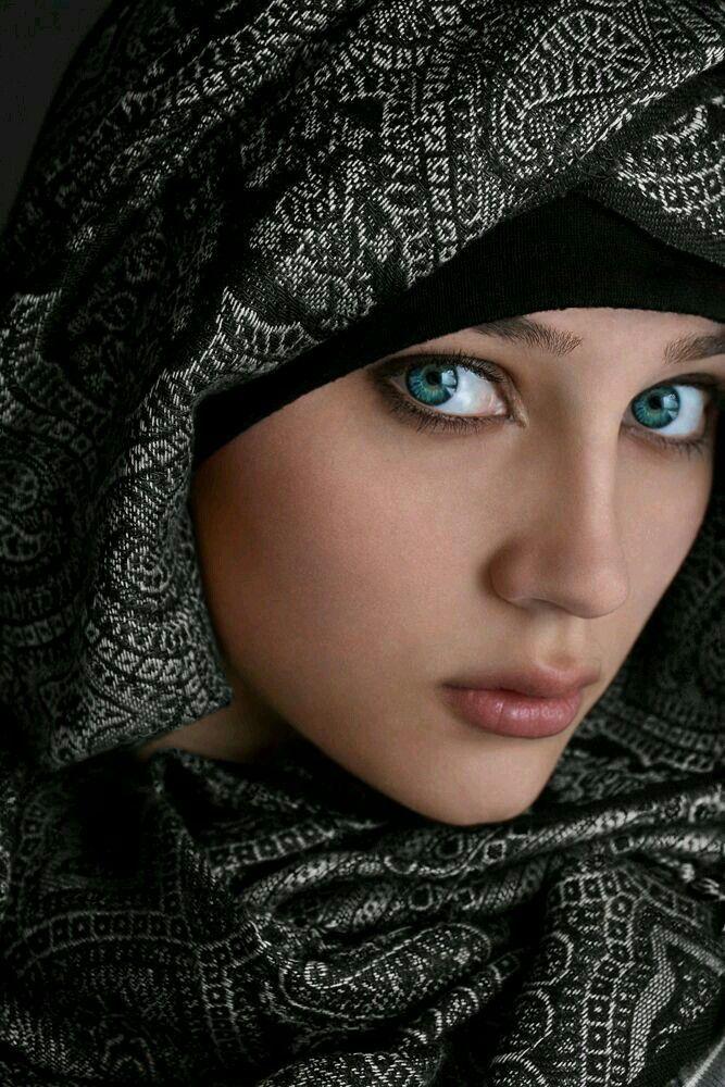 Muslim girl beautiful world Top 10