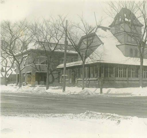 Restaurant & Inn Milwaukee Public Library Historic