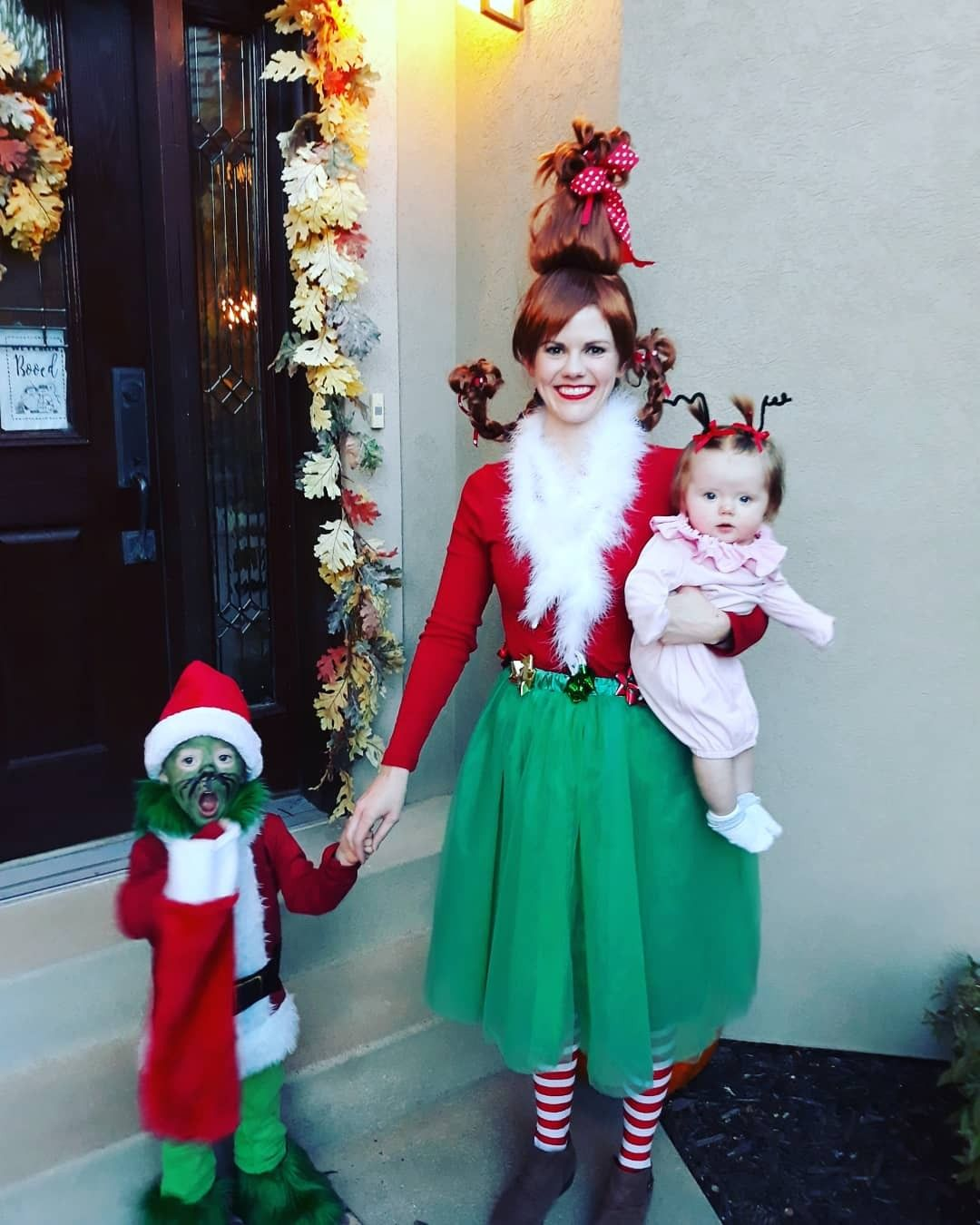 c3734aa4db64 Baby Cindy Lou Who Costume, Toddler Grinch Costume, Mom and kid costumes,  family costumes
