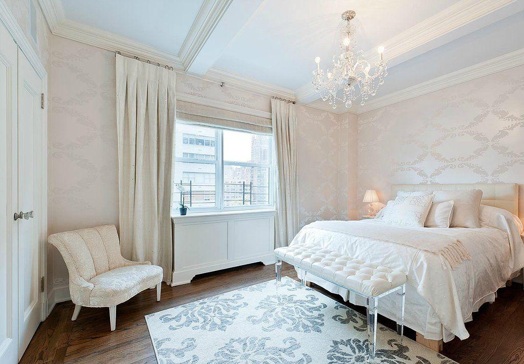 23 Celebrity Bedrooms We Want to Sleep In Beam ceilings White