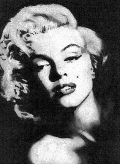 Marilyn Monroe by chrys [charcoal drawing]  || This image first pinned to Marilyn Monroe Art board, here: http://pinterest.com/fairbanksgrafix/marilyn-monroe-art/ ||
