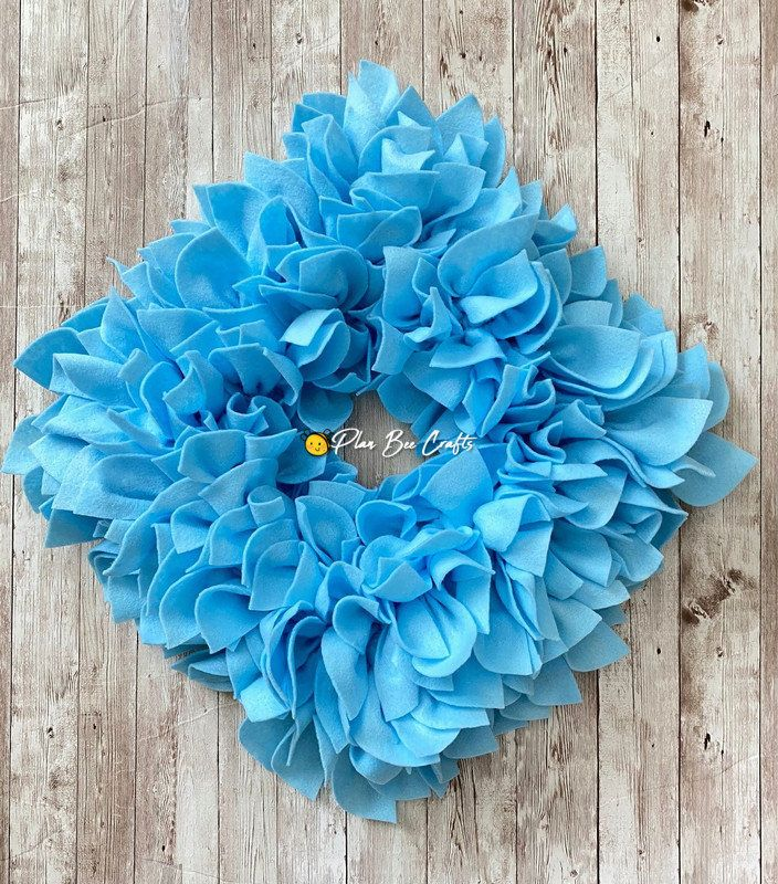 Check out the Baby Blue Square Felt Wreath - 2 sizes, styles - Indoor / Outdoor Use by PlanBeeCraftsShop on Etsy. All wreaths are created with FELT made of 100% recycled materials. Visit the link below or click SHOP NOW on Facebook. 🐝🐝🐝🐝🐝🐝🐝🐝🐝🐝🐝🐝🐝🐝🐝🐝 #IndoorWreath #RagWreath #FeltFlowers #FeltWreath #OutdoorWreath #CountryWreath #SpringWreath #WallDecor #FloralWreath #FrontDoorWreath #SummerWreath #BlueWreath #SquareWreath #wreath #planbeecraftsshop #handmadehome #photooftheday #e