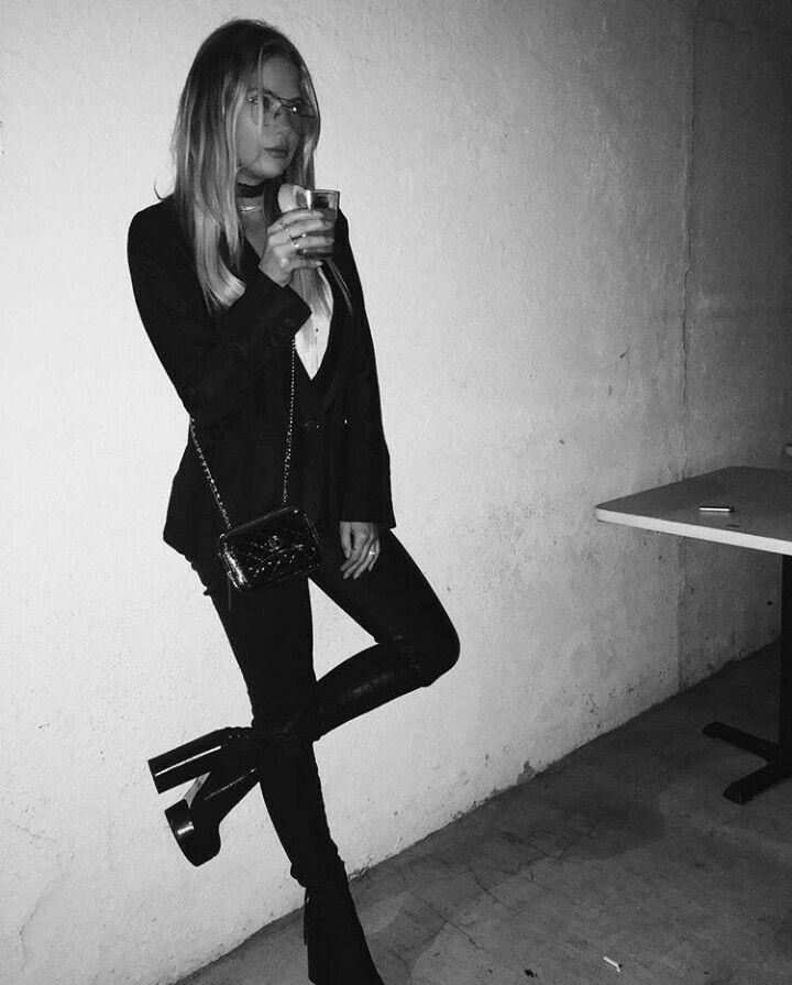 Ashley Benson 2016