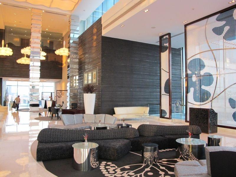 Stylische lobby im fairmont bab al bahr abu dhabi our for Stylische hotels