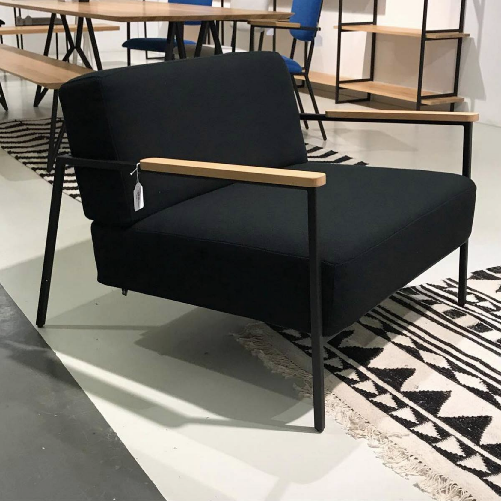 Zwarte Design Fauteuil.Zwarte Lounge Chair Fauteuil Design Studio H K Design Eettafels