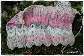 Photo of An effective, but very easy to knit scarf, I provide Euc …