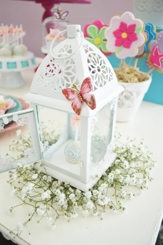 Enchanted garden baby shower baby shower ideas themes for Baby shower butterfly decoration ideas