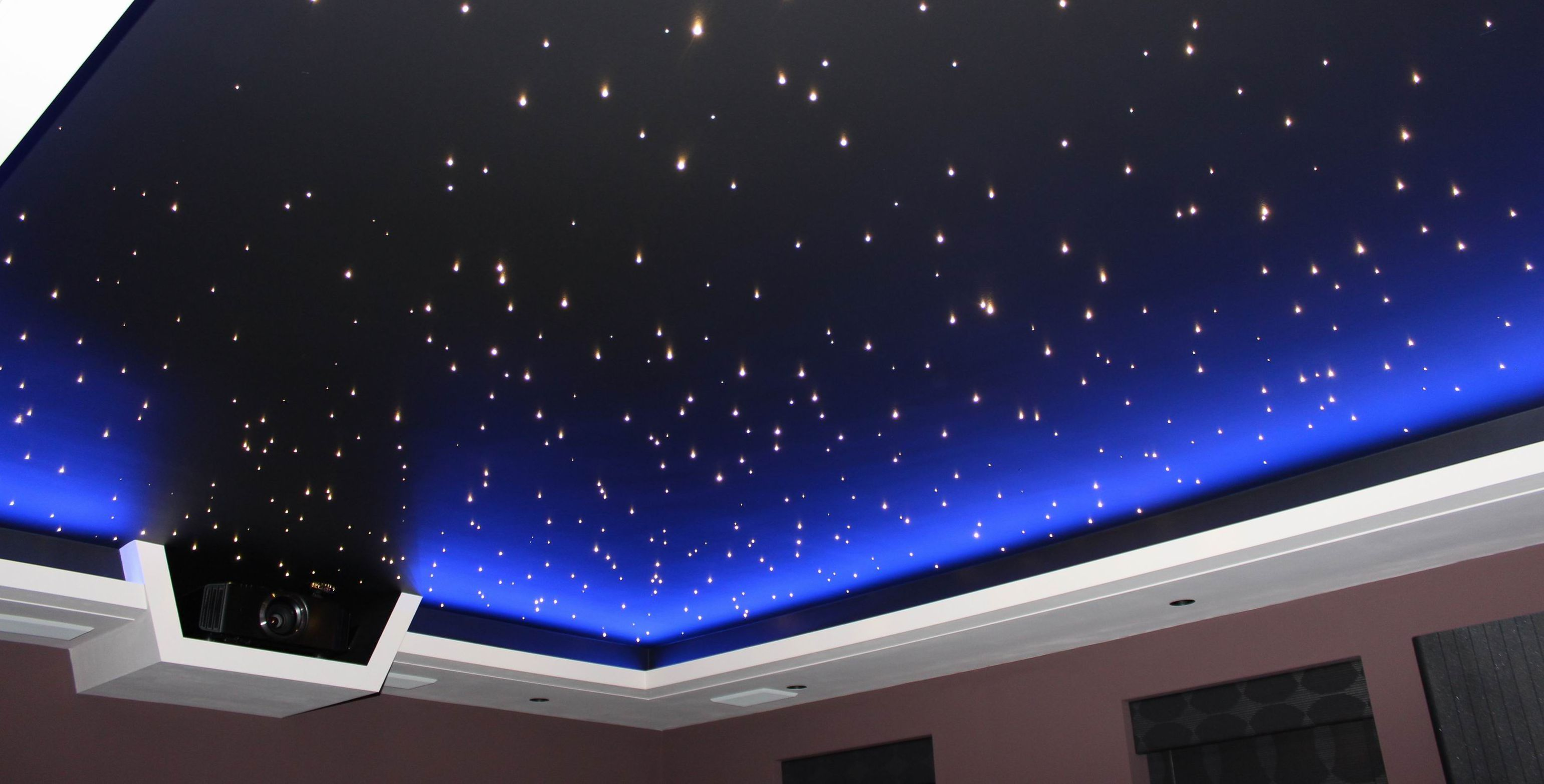 Bedroom ceiling lights stars - Home Cimema Star Ceiling With Blue Led Surround Jpg 3081 1565