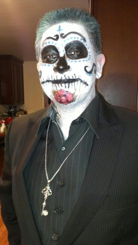 Day of the dead costume male.