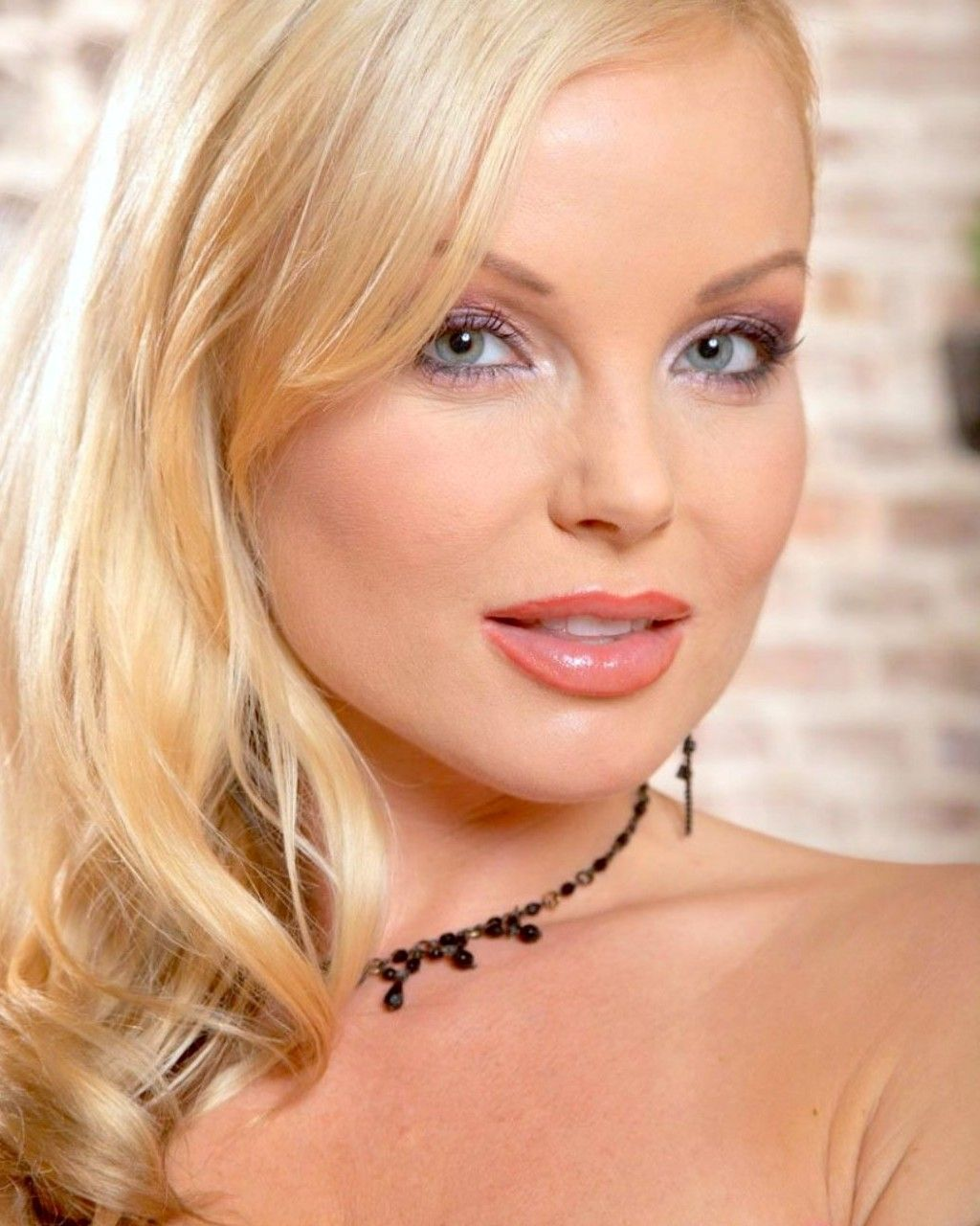 silvia saint silvia-saint_3dbc2685.jpg (1024×1280)   Silvia Saint   Pinterest   Silvia  saint, Wallpapers and Image search