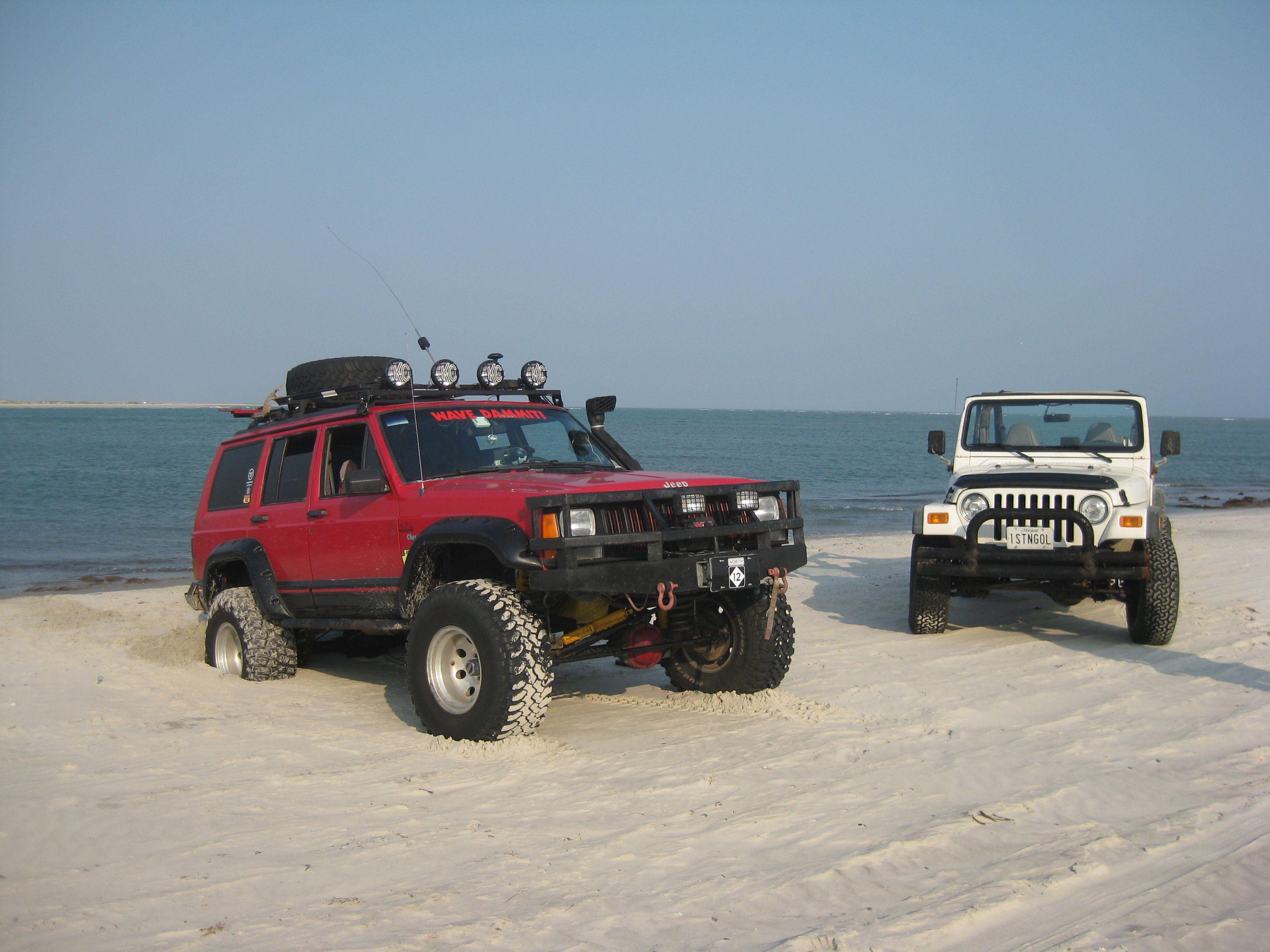 Jeep At The New River Inlet North Carolina Jeep Xj Jeep Xj Mods Jeep Cherokee