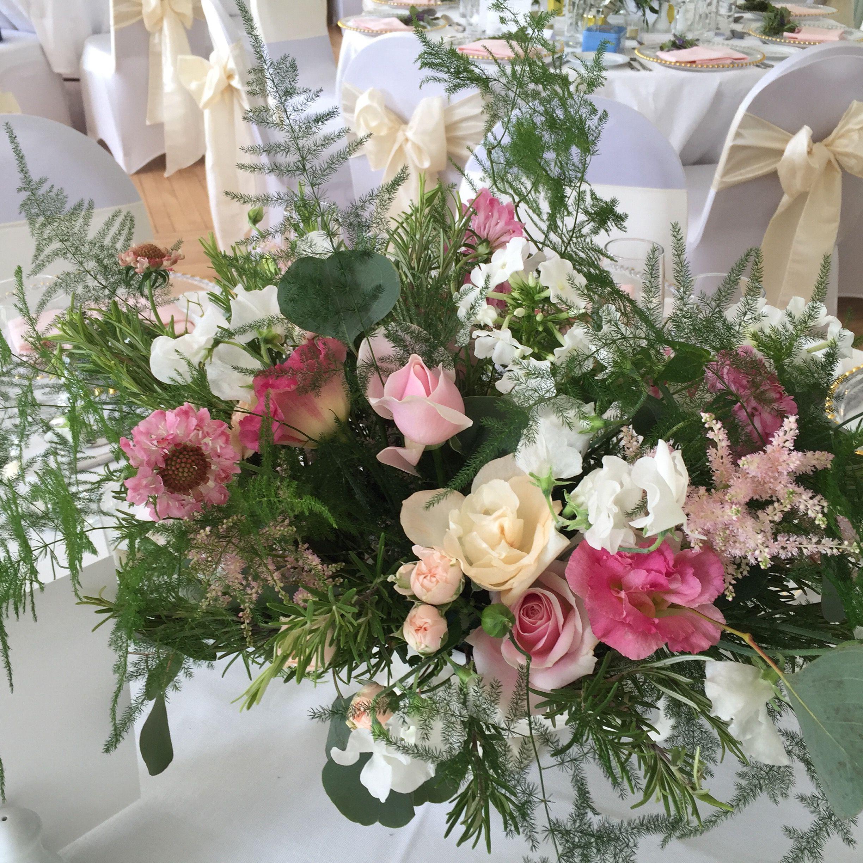 Vintage, 1940\'s wedding table flowers | The Velvet Daisy | Pinterest ...
