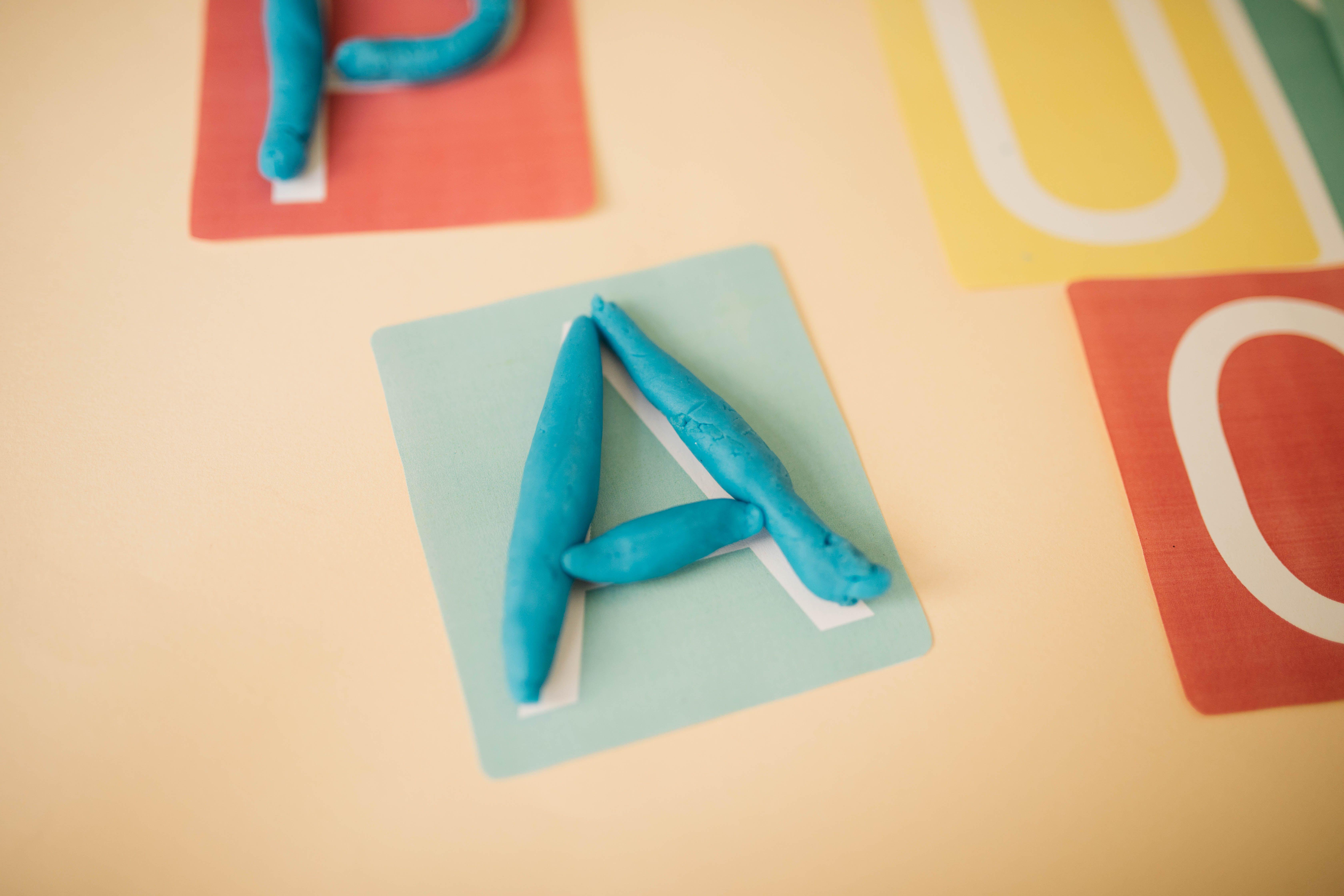 Activités À Faire À La Maison les meilleures activités montessori pour les 3 - 7 ans à