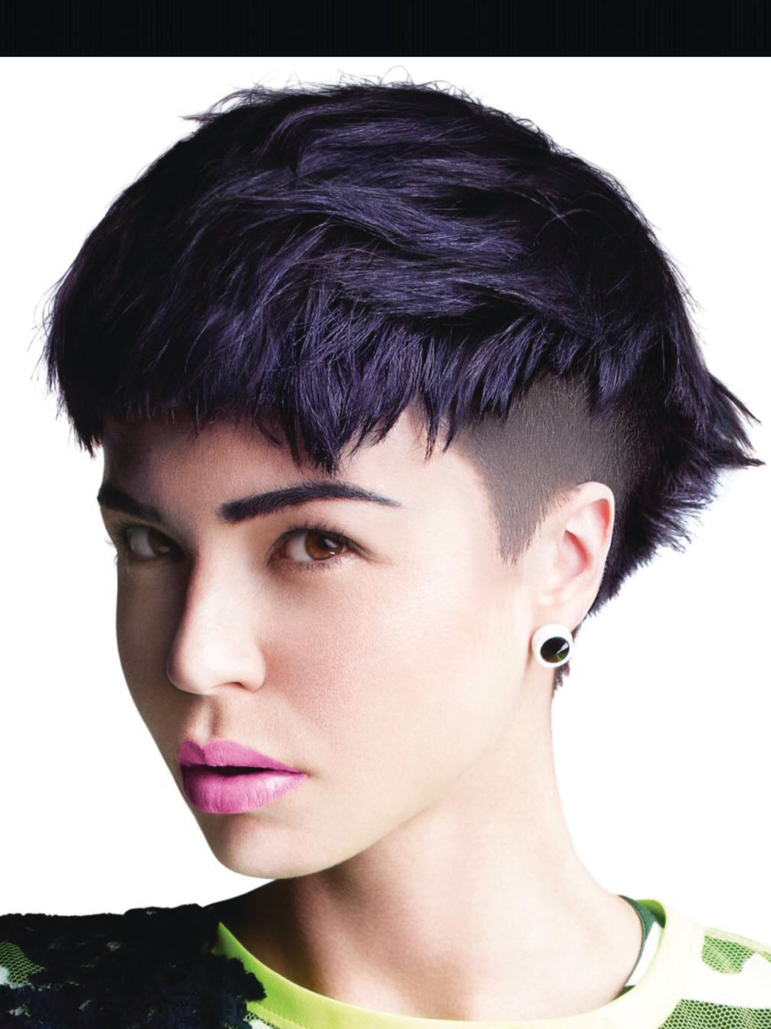 Toni and Guy hot deep violet undercut. Coupe de cheveux