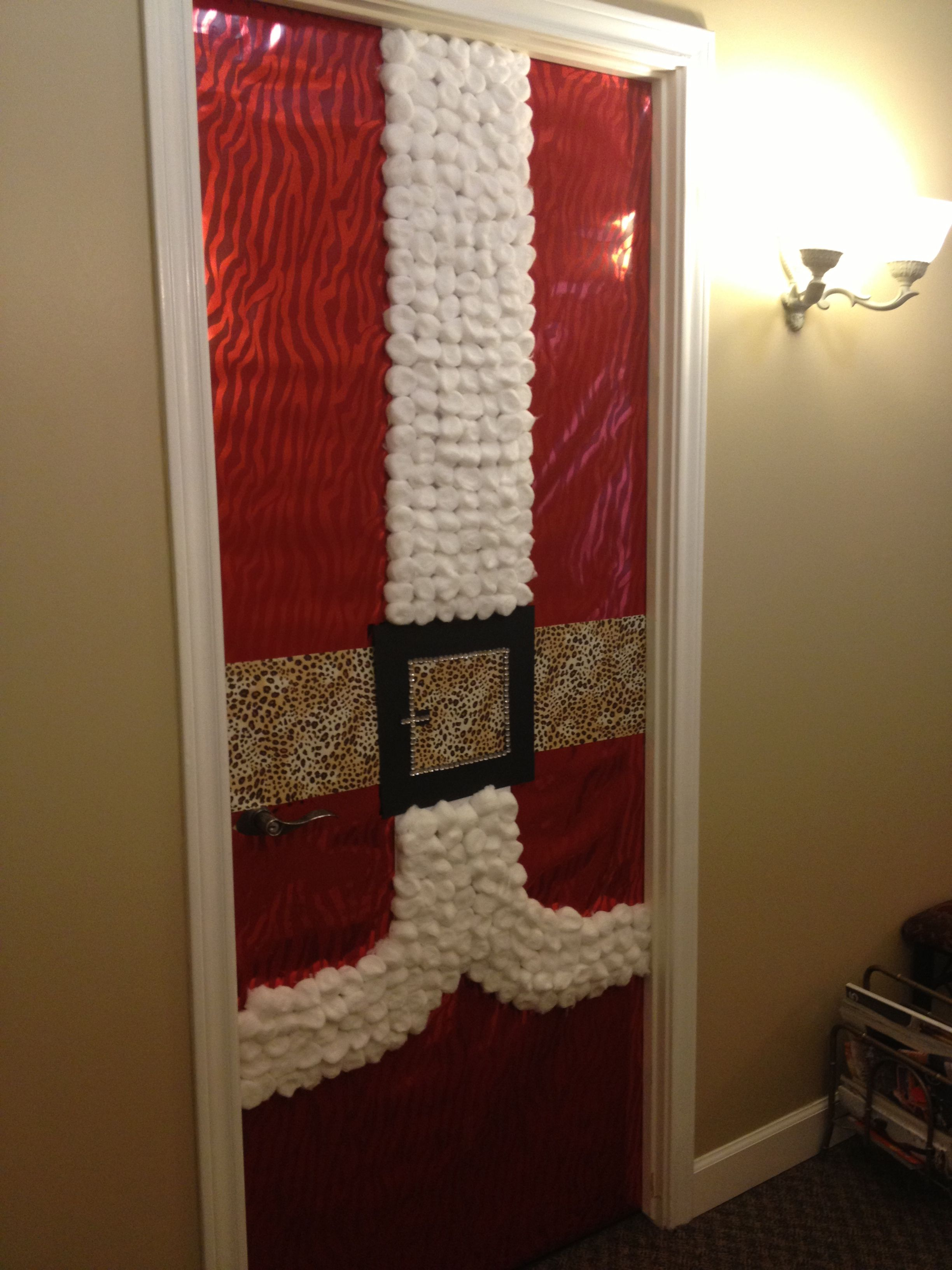 Christmas door decor at office christmas pinterest for Office christmas decorations