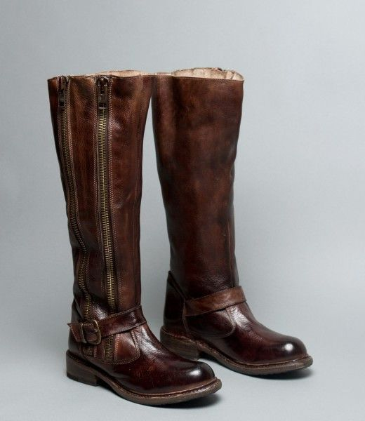29cafb0cd46 TANGO the vintage, two-zip moto boot pairs perfect with skinny jeans ...