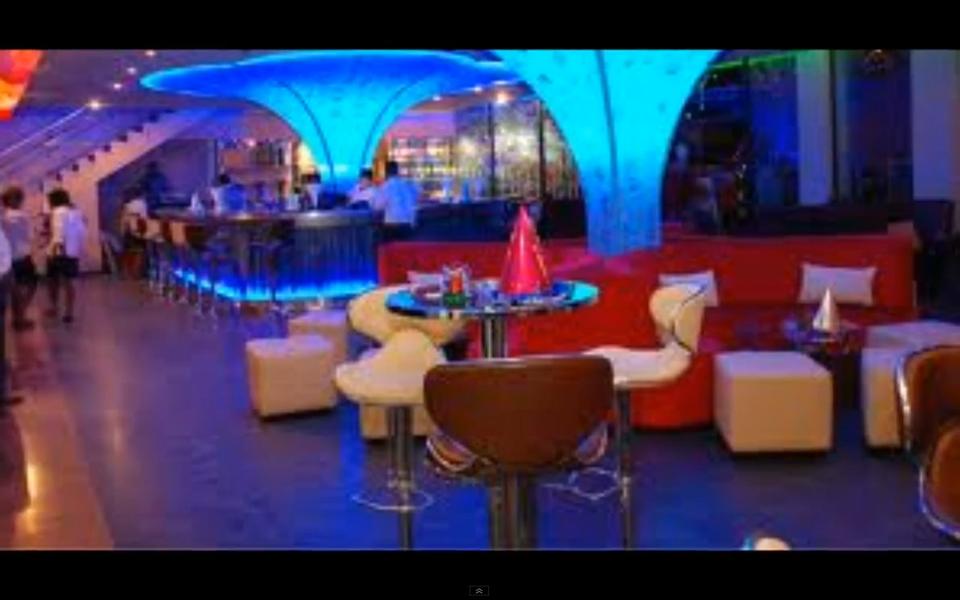 Liquid Lounge   Lounge And Nightclub Guinea Conakry Street, Nigist Towers  Near The Intercontinental Hotel