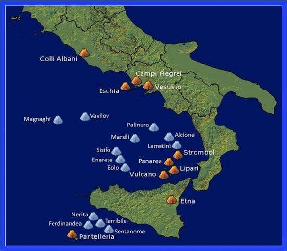Landschap Van Italie Bergen Kust En Vulkanen Met Afbeeldingen
