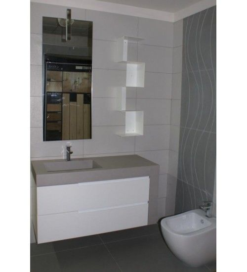 Bagni con rivestimento grigio cerca con google bagno for Bagni arredati immagini