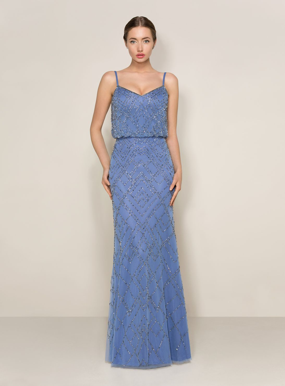Evening dresses fashionable and graceful for the stylish