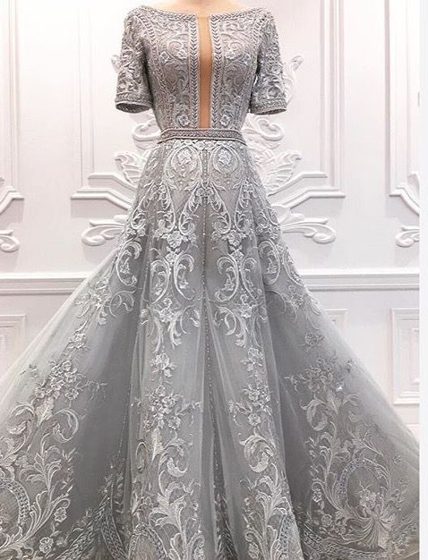 Pin by Nilgün Bahar on beğendim | Pinterest | Gowns, Bd fashion and ...