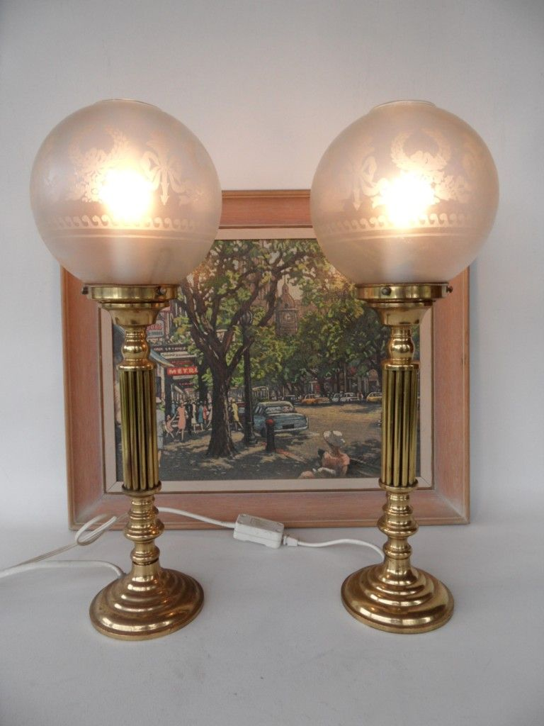 PAIR VINTAGE VICTORIAN STYLE CAST BRASS ETCHED GLASS SHADE