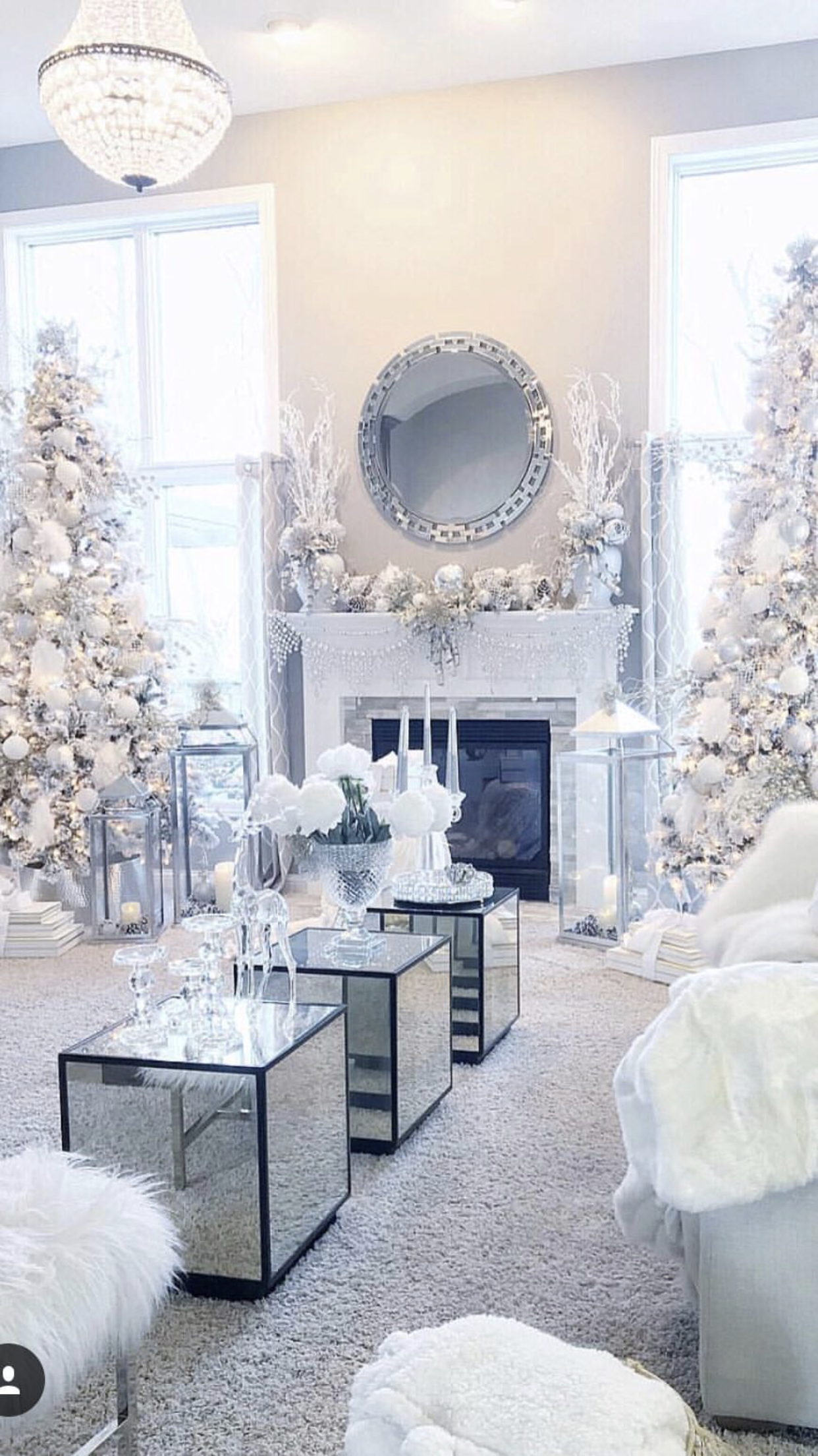 Christmas Tree Living Room Ideas.What A Winter Wonderland I Love How It Just Looks So