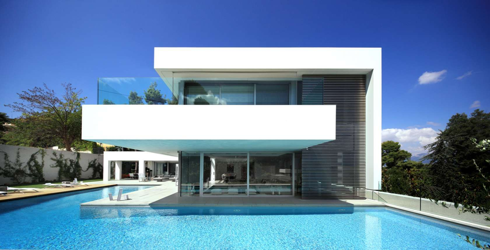 NAME: Villa 208 LOCATION: Athens, Ekali AREA: 980m2 DESIGN: ISV ...