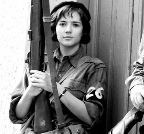 Aleida Marcha, la segunda mujer del Che, vestida de activista revolucionaria.
