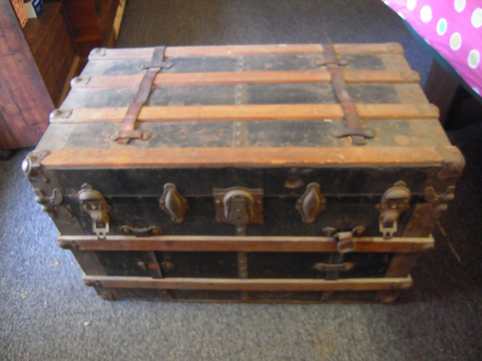 Old Antique Steamer Trunk Chest With Inside Drawer Original
