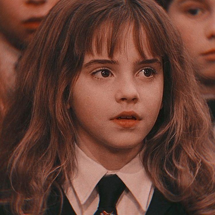Hermione Granger aesthetic ✨💗   Hermione granger, Harry potter, Diễn viên