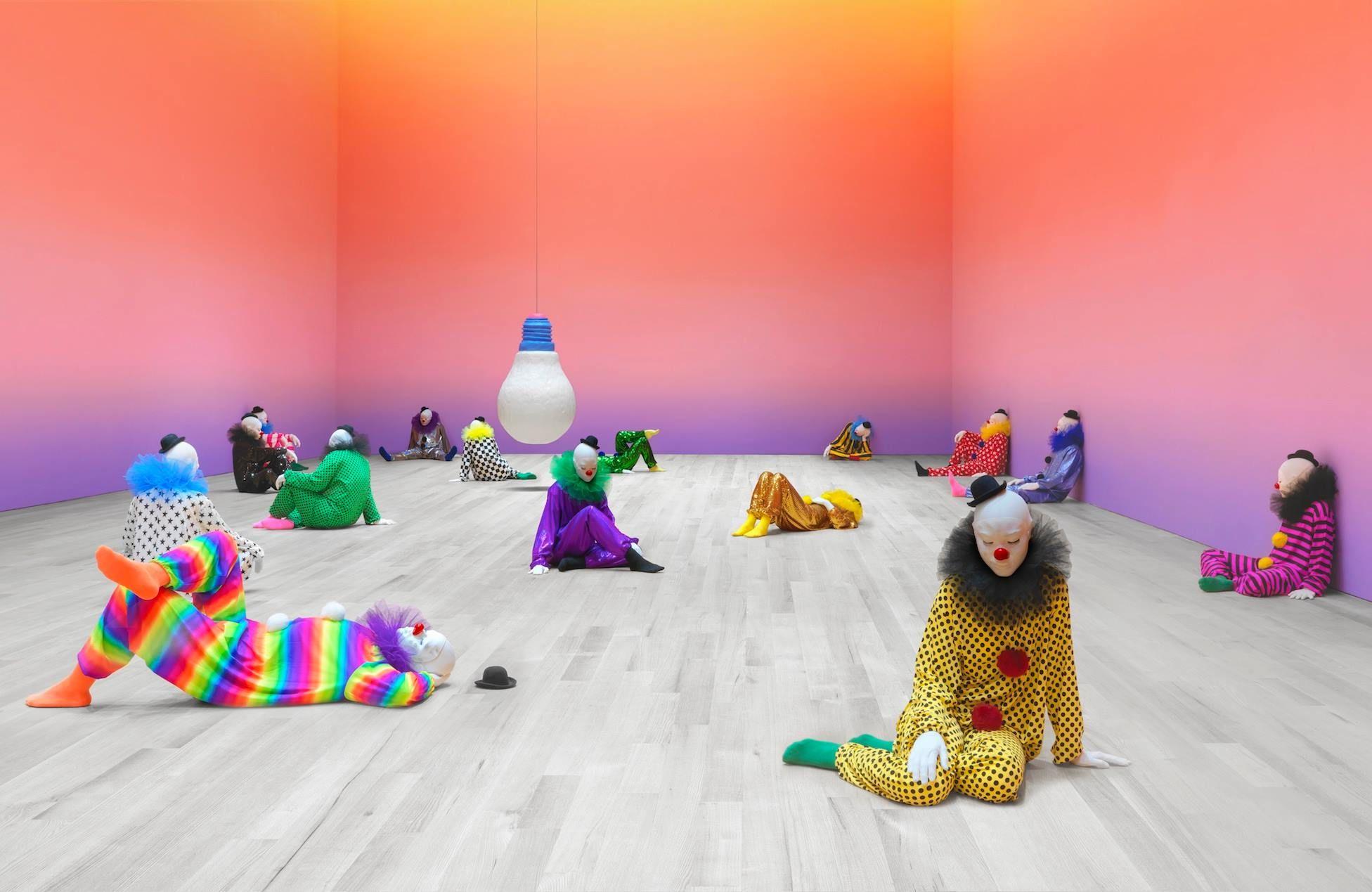 Ugo Rondinone. Dans le cadre de l'exposition Encore un jour banane pour le poisson-rêve au Palais de Tokyo. Du 22 juin au 9 sept… | Palais de tokyo, Enfance, Jour j